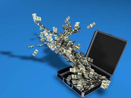 インターネットビジネスの自己投資額はいくら?ブログで月収10万円を得るまでに使ったお金を公開