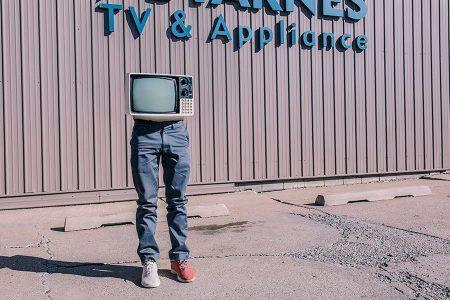 映像制作,フリーランス,収益,コスト,どれくらい